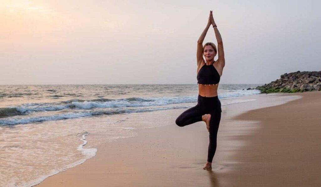 middle-aged-woman-in-vrikshasana-yoga